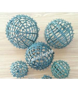 Каркасы-шары разных диаметров