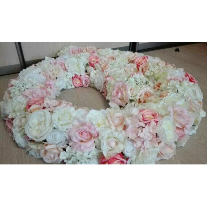 Гирлянда из искусственных цветов нежно-розовая