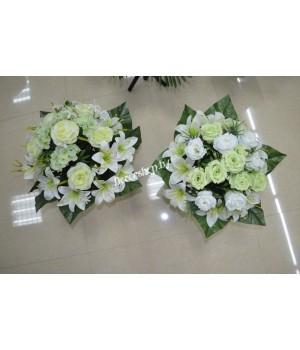 Букет искусственных цветов (розы+лилии)