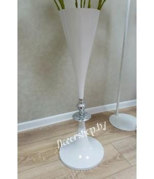 Металлическая ваза 72см